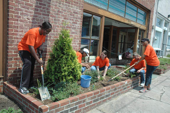 "GlaxoSmithKline's ""Orange Day"" benefits county"