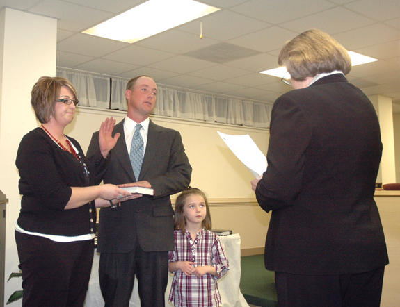 Bunn sworn in as commissioner