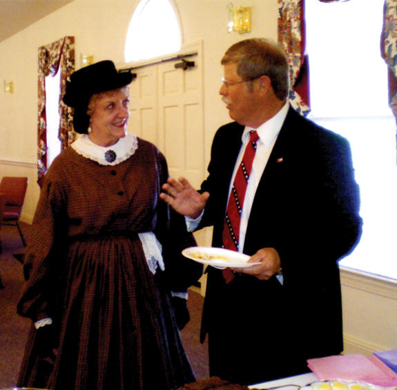 United Daughters of Confederacy present awards