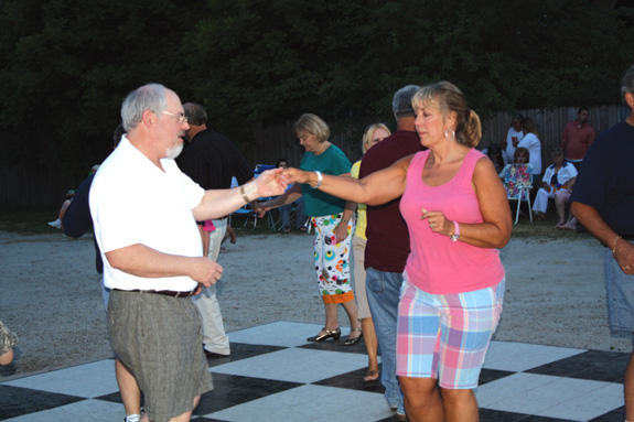 Lake Donna Party brings crowd to Youngsville