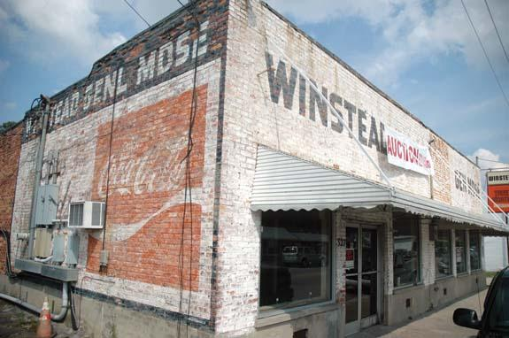 Winstead Grocery closes
