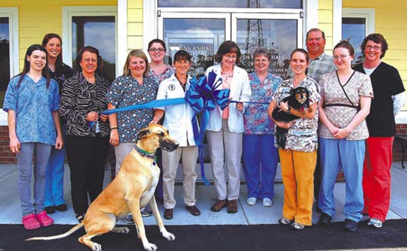 Animal Hospital RIBBON CUTTING