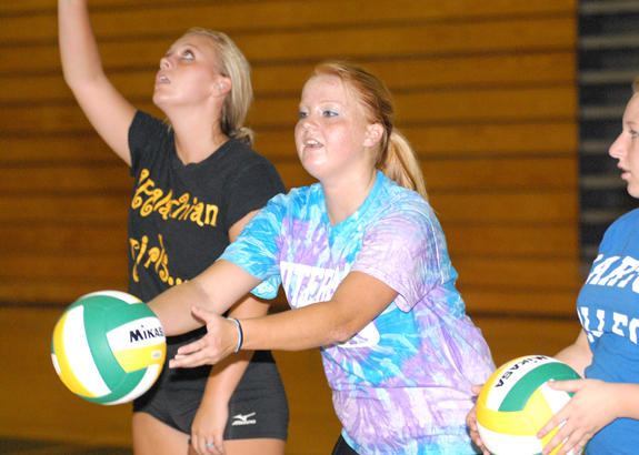 Ladycats earn third spike victory in a row