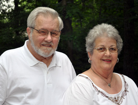 <i>Hite's mark 50th wedding anniversary</i>