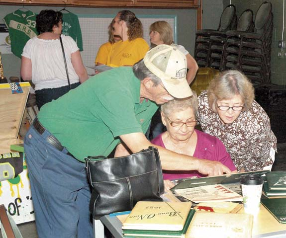 <i>Bunn at 100! Residents reflect</i>