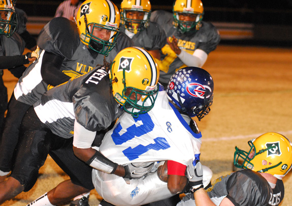Bunn Piles Up Yards Versus Greene Central