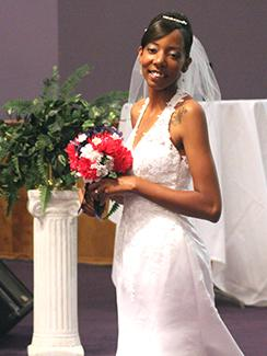 Couple exchanges vows in church ceremony