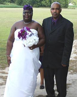 <i>Couple united in church ceremony</i>
