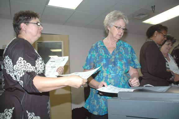 <i>One-vote error discovered in election recount</i>