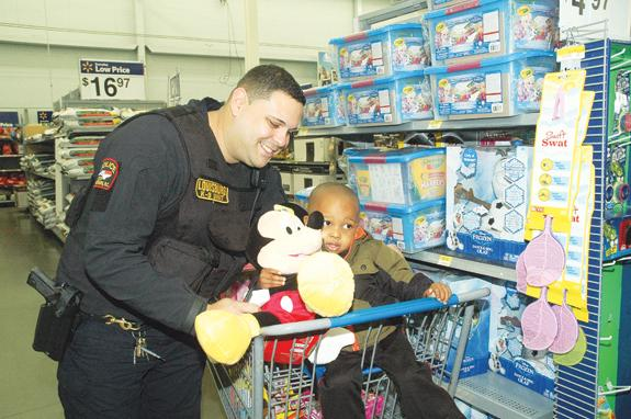 Law enforcement gives Santa a helping hand, 1