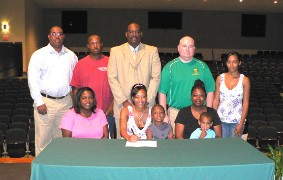 Cannady signs with NC Wesleyan
