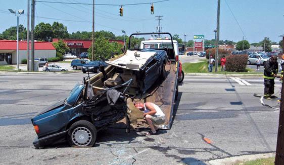 Two people injured