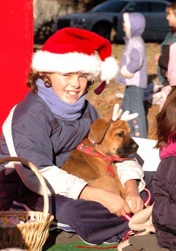 Hear those sleigh bells jinglin'