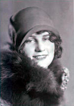 MINNIE L. BUNN