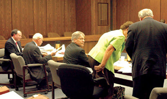 Contempt for Nifong<br>Davis, Sturges lead prosecution