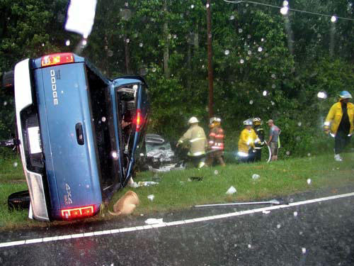 <FONT SIZE=4>Life taken in car crash</FONT>