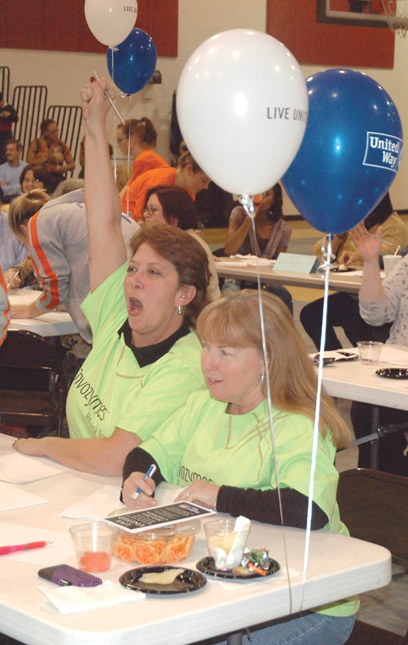 Novozymes spells V-I-C-T-O-R-Y in United Way's third annual spelling bee
