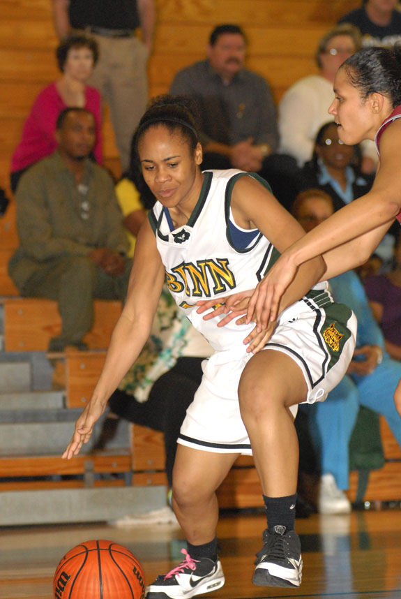 A strong start for Ladycats