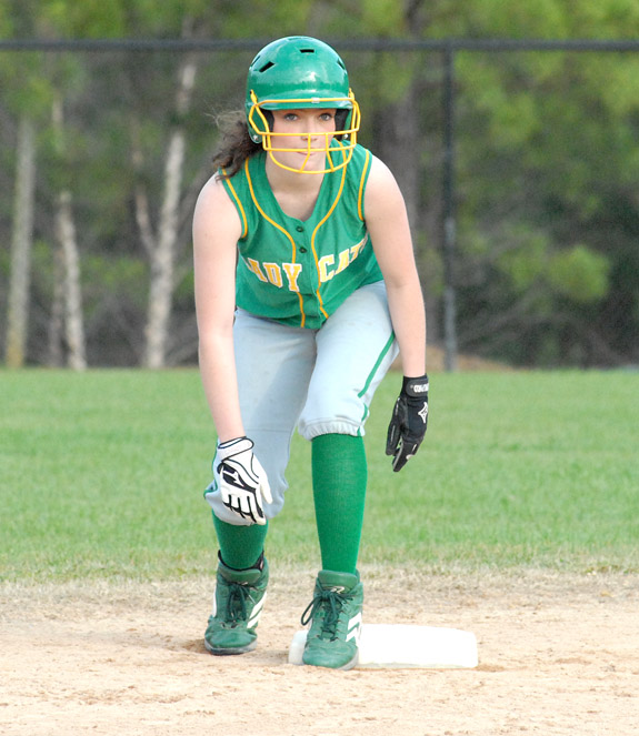BHS girls edged by Chargers