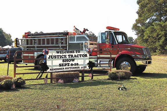 Photos from the Justice Antique Tractor, Engine and Car Show