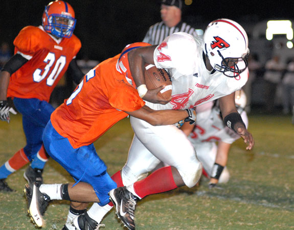 TANK MARCHES FORWARD FOR THE RED RAMS