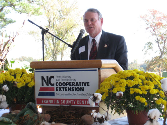 Luncheon recognizes importance of local farmers to state's economy