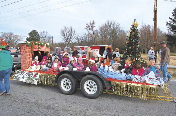 Christmas spirit is front and center at Bunn parade, pics 3