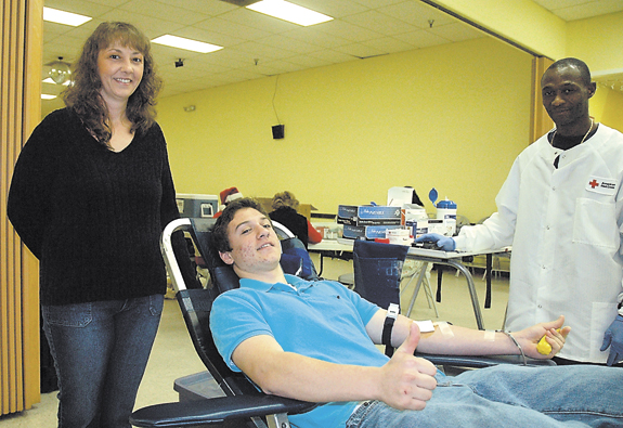 Giving blood becomes Christmas tradition