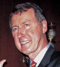 Etheridge announces bid for governor