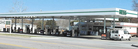 Bunn police investigate assault, robbery at gas station