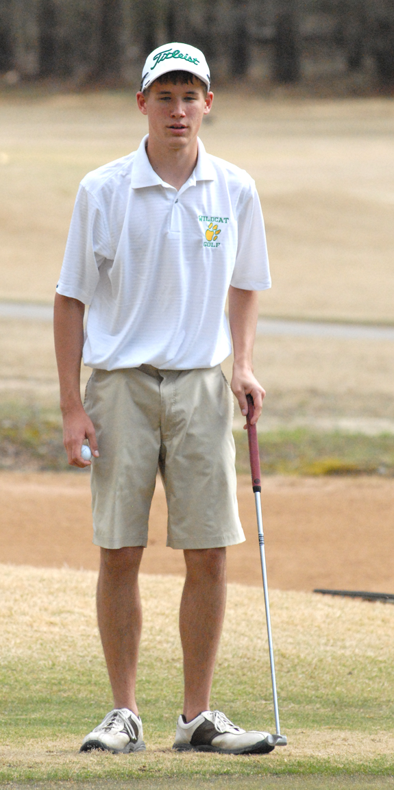 BHS golf club nabs 2nd place