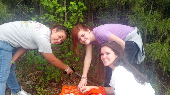 Students take on Great American Clean-up,  remove litter from two-mile stretch of road