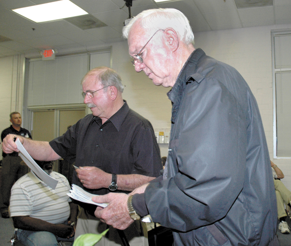 County voter turnout beats state average