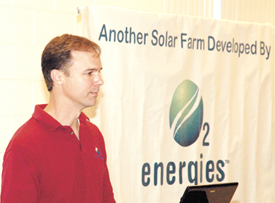 Solar farm's economic benefits, jobs touted