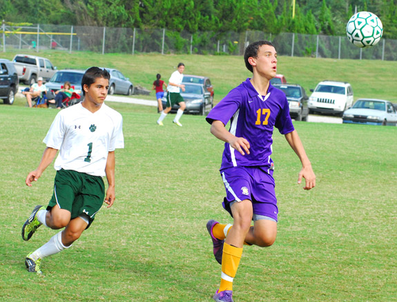 Pirates edge BHS in extra session, 3-1