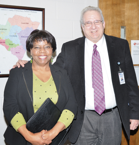 <i>School board picks Elizabeth Keith to fill vacancy</i>