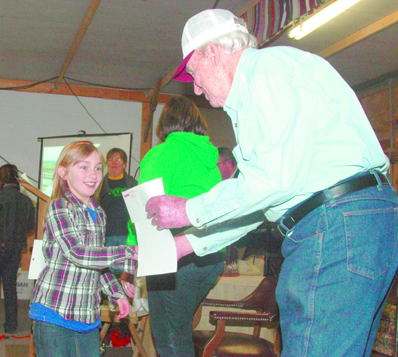 4-H'ers learn: There are tricks to handling critters!
