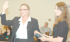 Patricia Chastain sworn in as clerk of courts
