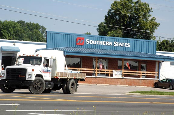 Southern States to close store