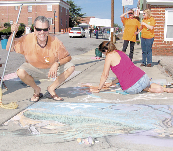 Area artists transform sidewalks into 'canvas', 1