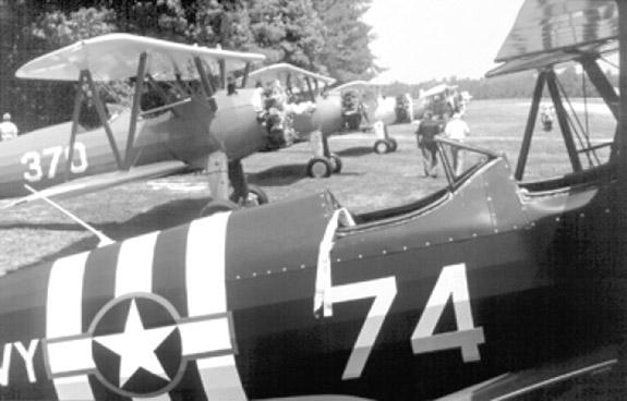 <i>Local aviation 'aces' sought</i>