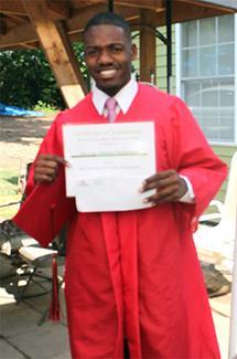 <i>FHS grad receives scholarship</i>