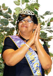 <i>NAACP crowns Cathy Mangum as its 2015 Mother of the Year</i>