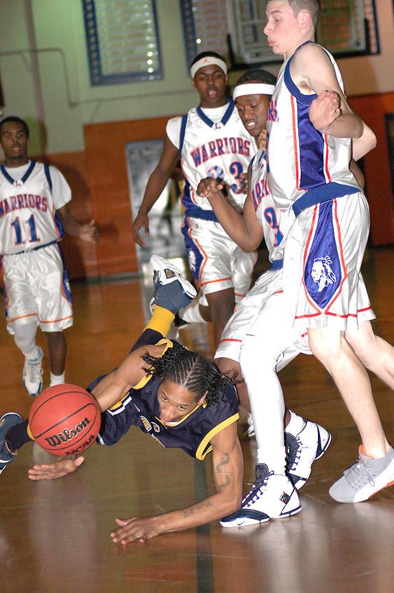 Warriors a winner in finale